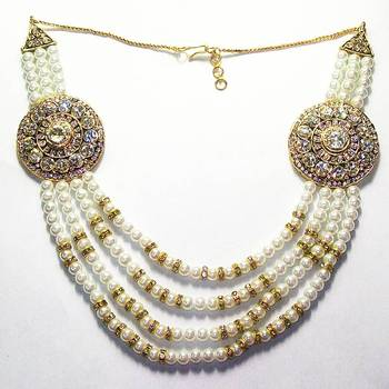 Pearl Broche Set