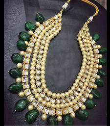 Buy Kundan and Pearls Green Onyx Stones Necklace Necklace online