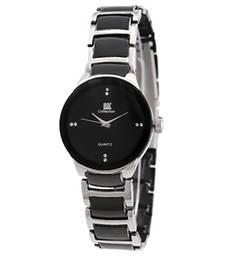 Buy White-Black Analog Watch for Women watch online