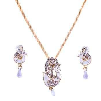 Multicolor diamond pendants
