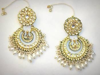 Manmohini Pearls Baalla