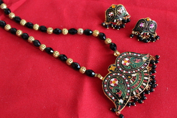 Black Meenakari Set