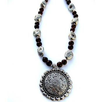 Round pendant Necklace:Brown/041