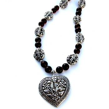 Brown heart necklace/043