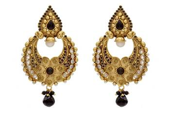 ANTIQUE GOLDEN STONE STUDDED FLOWER STYLE CHAAND BAALI EARRINGS/HANGINGS (BLACK)  - PCAE2076