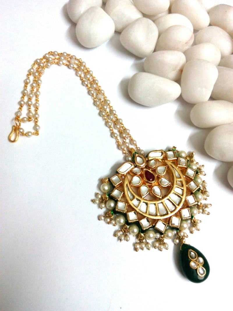 Buy Kundan Maang Tikka With Pearl Online
