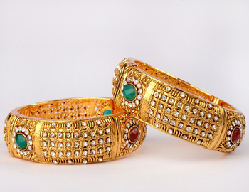 Traditional Multicolour Polki Bangle