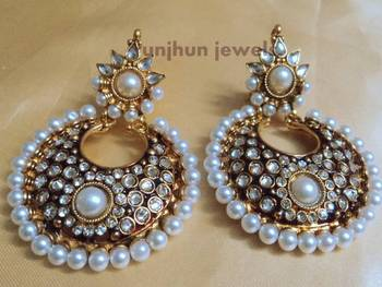 pearl smart kundan danglers