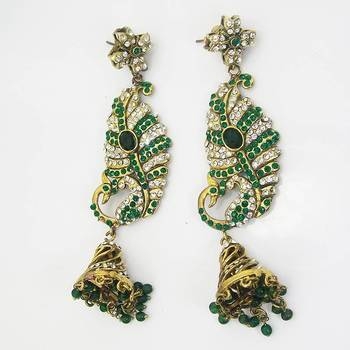 Victorian Peacock Shape Earring Green Base