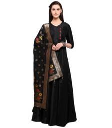 Buy Black Banarasi Silk Zari Woven Stole with Tassels stole-and-dupatta online