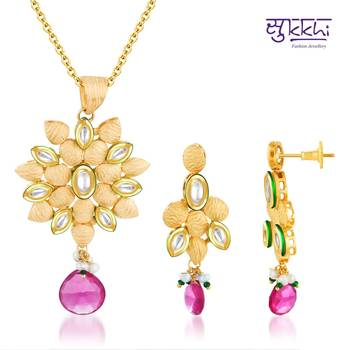 Sukkhi Kundan Gold plated Briliant Penda