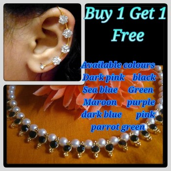 Buy 1 get 1 free pearl necklace