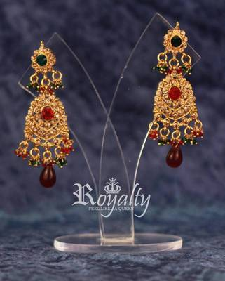 Royal Gold Chandalier Crystals Earrings