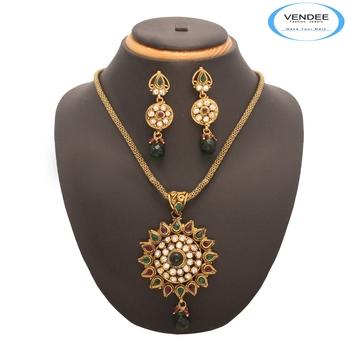 Vendee Fashion Marvelous Copper Pendant
