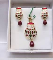 Buy Multicolor american_diamonds pendants Pendant online