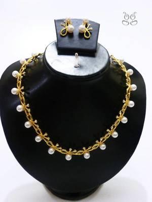 Pearl flower necklace set
