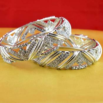 gold platted bangles size-2.4,2.6,2.8,2.10