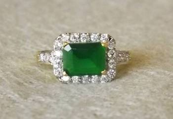 Royal Touch - Sparkling AZ Diamond Ring