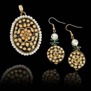 Tanjore Jewelry Pendant