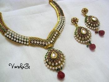 Elegant Pearl Kundan Set
